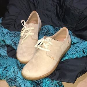 Clark's shoes new